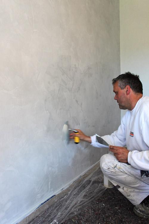 Venezianische Spachteltechniken verhelfen einer Wand zu edler Tiefenwirkung...